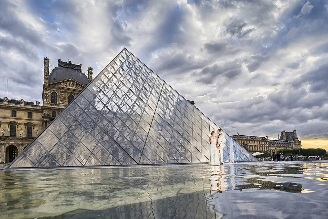 [ I & S – París ]